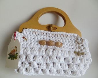 Handcrafted knitted handbag