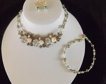 Vintage Floral and Pearl Necklace, Earrings and Bracelet Set