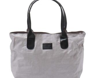 Lin gray handles Pretty black leather bag