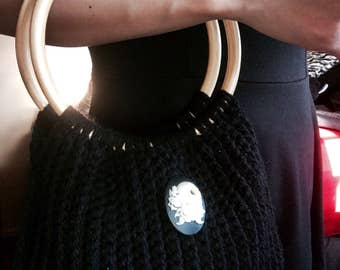 Ivory Skull & Roses Crochet Bamboo handle Bag