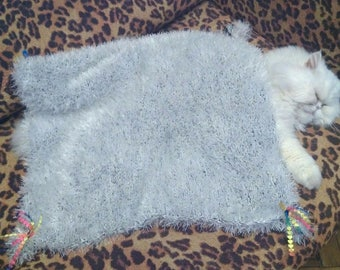 Knitted blanket,blanket or Mat for small dogs or cats.Gift for your beloved pet.Bedding for Pets