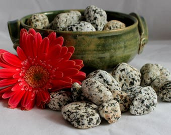 Beach Rocks - Granite Pebbles - Art Stones - Granite Rocks - 30 Beach Rocks - River Rocks - Craft Pebbles - Craft Stones - Terrarium Rocks