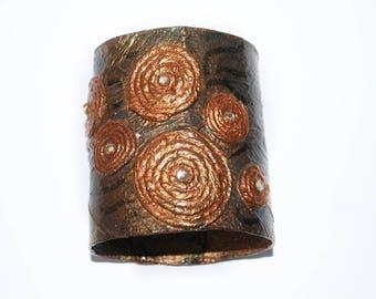 Cuff bracelet, Bracelt cuff,  Eco friendly jewelry. Bronze statement free size unique cuff bracelet. Gift for her. Anniversary gift.