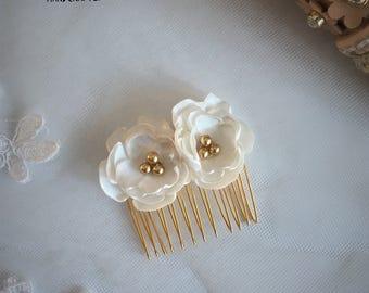 Bridal Hair Comb, Wedding Hair Comb, Flower girl hair accessories, Flower Bridal Hair accessories, Pearl Wedding Headpiece