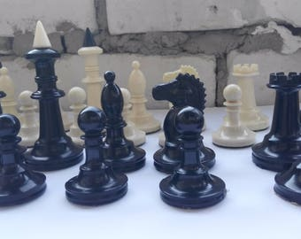 Vintage Plastic chess USSR / / Soviet chess in the classical style / / chess USSR 1960s