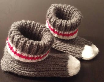 Knitted handmade - size kids slippers