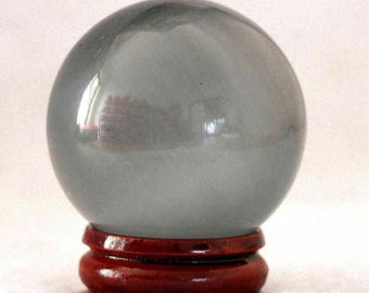 Small ball of Crystal 40mm with wooden stand