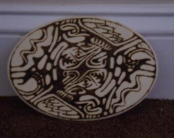 Tribal Pyrograph Oval