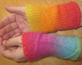 Which Way Wrist Warmers written pattern