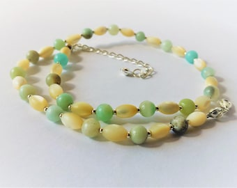 Mother of pearl and amazonite bead necklace