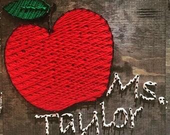 Apple w/name String Art - Teacher Gifts