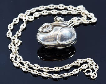 Topazio-Silver Rabbit Pendant and Chain