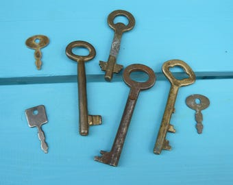 Brass Skeleton Keys,Iron Old Keys,Art Collectible Keys,Rustic Keys,Steampunk Gift,Antique Skeleton Keys,Rusted Keys,Authentic Key,Retro Gift