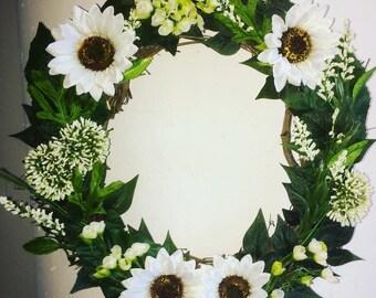14 inch WHITE SUNFLOWER WREATH faux flowers
