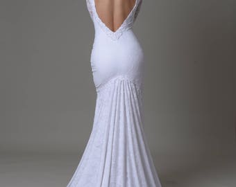 Silk lace mermaid wedding dress, V-neck backless, long sleeves, embroidered with pearls
