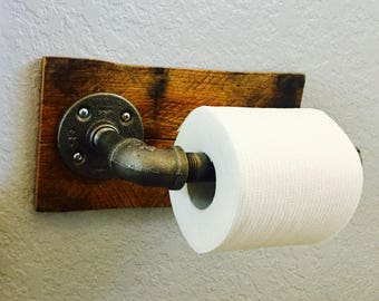 Reclaimed Pallet toilet paper holder