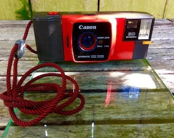1982 Canon Snappy 20 Automatic (Red)