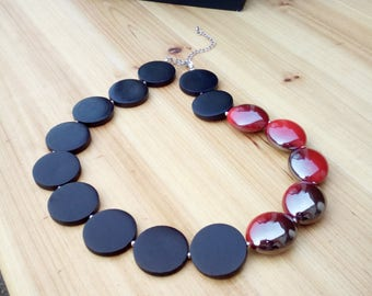 Chunky black and red necklace