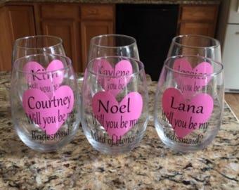 Bridesmaid wine glass. Bridesmaid wine glasses. Bridesmaid gift. Asking bridesmaid. Bridal party wine glass. Gift for bridesmaid. Bridesmaid