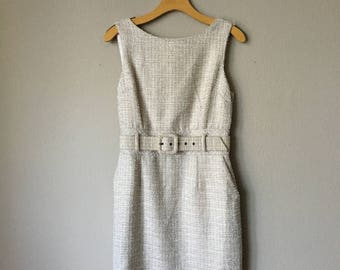 Chic Belted Cream Colored Dress 8P