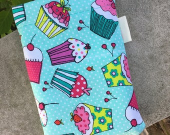 Cupcake Word Wrap Small