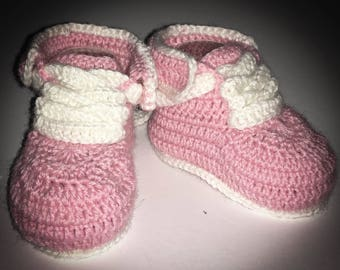 Pink crochet baby wool booties