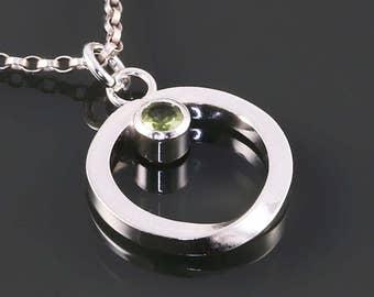 Peridot Möbius Pendant. Genuine Gemstone. Sterling Silver Necklace. August Birthstone. Infinity. Eternity. f15n004