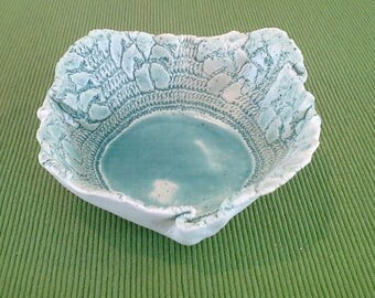 Crumple Lace Bowl