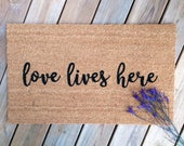 Love Lives Here. Natural CoCo Coir Fiber Modern Tagged Outdoor Welcome Mat Custom doormat