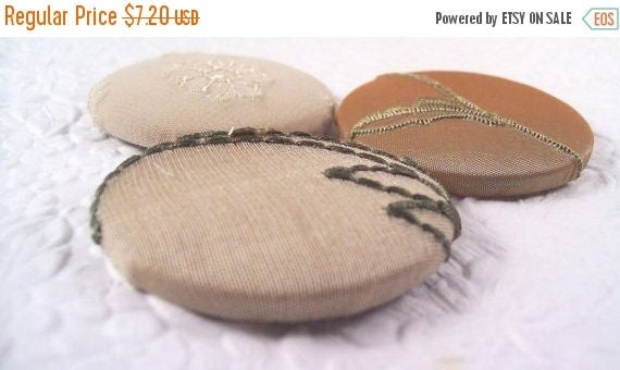 CLEARANCE - Taupe buttons,  fabric covered buttons , embroidered buttons, size 75 buttons