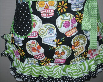 Womens Aprons - Aprons with Skull Fabric - Tattoo Aprons - Calaveras Aprons - Black Skull Aprons - Apron with Skulls - Annies Attic Aprons