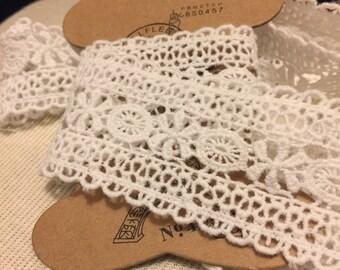 Crochet Style Lace Trim 3 Yards