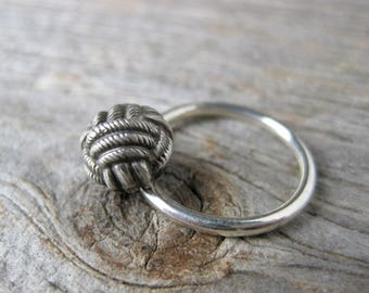 Fidget spinner ring monkey fist KNOT Victorian Button ring made to order