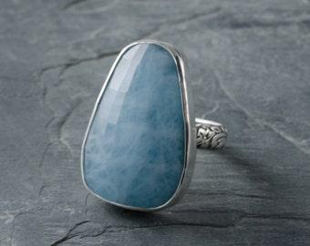 Mermaid's Treasure Ring. Aquamarine and Silver Ring. Size 7 Ring. Faceted Aquamarine. Aquamarine Jewelry. Gemstone Ring. March Birthstone.