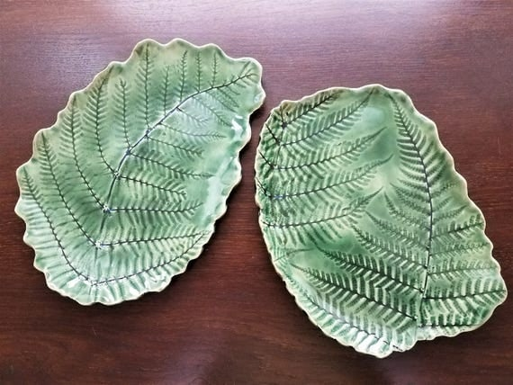 Handmade pottery - Leaf Serving Trays - Stoneware - Dessert Tray - Set of 2 - Fern - Serving Tray - Green - Housewarming - Tray - Fern Leaf