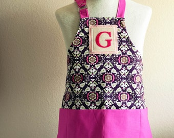 Kids Apron / Toddler Ages 2-6 Personalized Letter  - Lola Black, Red, White Reversible Apron with Wave Pockets