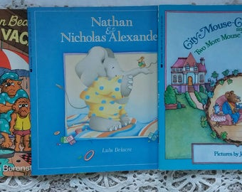 Three Vintage Books..Mouse..Berenstain Bears