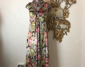 Fall sale 1970s dress maxi dress Vintage dress floral dress 70s dress bohemian dress Size medium velour dress sleeveless dress