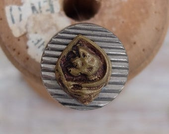 Antique Button Paris Cat or Dog