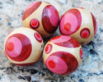 Hand Painted Wood Beads with Red and Pink Circles Design ~ set of 4 ~ 22mm