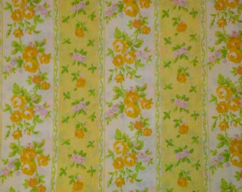 Vintage Fieldcrest Yellow Floral Queen Flat Sheet and 2 Pillow Cases
