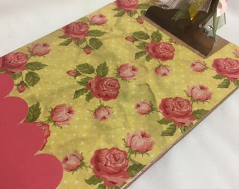 Memo sized COTTAGE ROSES CLIPBOARD Pray