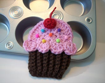 Cupcake applique Lot of 4 chocolate pink frosting red cherry sprinkles crochet string into Birthday Party Banner use hats headband purse bag