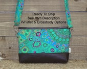 iPhone Wristlet Wallet, iPhone 7 Plus Crossbody, READY TO SHIP Samsung Galaxy Note, Cell Phone Purse Clutch, Card Slots / Green Kaleidoscope
