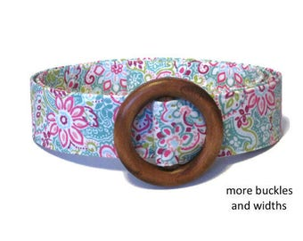 Women's Fabric Belt in Aqua Pink White, Floral D-Ring Belt in Wide & Skinny Width, Summer Belt in XS to Plus Size - Flower on White
