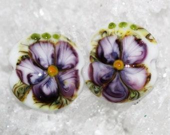 Handmade floral lentil pair by joycelo
