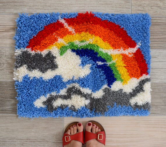 SUMMER SALE/ 30% off Vintage 70s Rainbow Latch Hook Mat