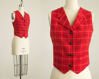 90s Vintage Gap Red Plaid And Jacquard Wool Button Fitted Vest / Size Small