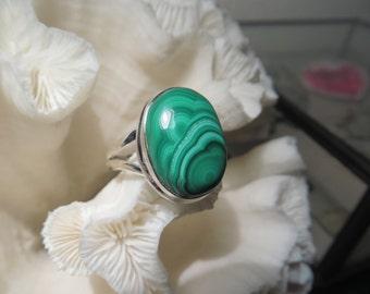 Beautiful Green Malachite Ring Size 10.5