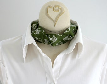 Necktie Choker - Neckties Necklace - Gift For Wife - Upcycled Neckties - Hipster Clothing - Statement Necklace - Fern Green Silk Choker. 06